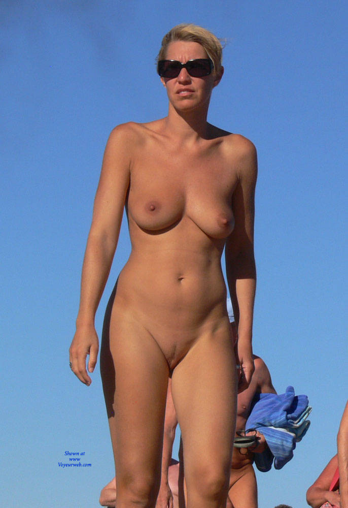 Pic #1Real Beach Voyeur - Nude Girls, Big Tits, Shaved, Beach Voyeur, Beach Pussy