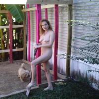 Nudist Dee, Back Again
